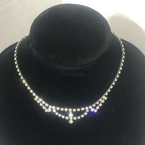 "Vintage Rhinestone 15 "" Necklace"